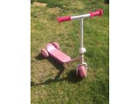 Girls scooter