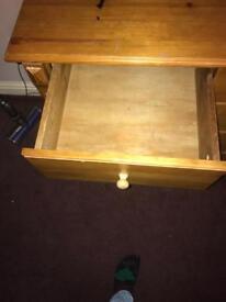 Bedside cabinet in pine