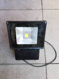 Led outdoor light £10