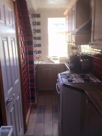 Refurbished Studio Flats and Rooms to Rent - Swindon, Town Centre - Fully inclusive of ALL bills