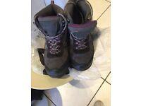 Girls/ladies hiking boots size U.K. 7