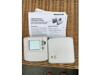 Honeywell CM900 Wireless thermostat (used)