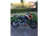 Ktm duke 125 motorcycle