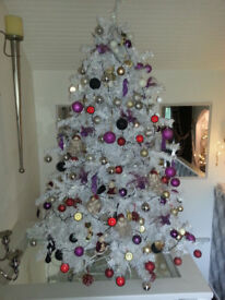 7ft White Christmas Tree Fully Decorated With Lights