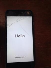 iPhone 6 cracked screen