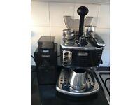 DeLonghi Espresso Machine and Burr Grinder Set