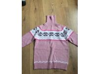 Brand new christmas jumper uk4! Selling at £4! Good quality, nice colour!