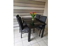 Black Glass Extentable Dining Table & Chairs