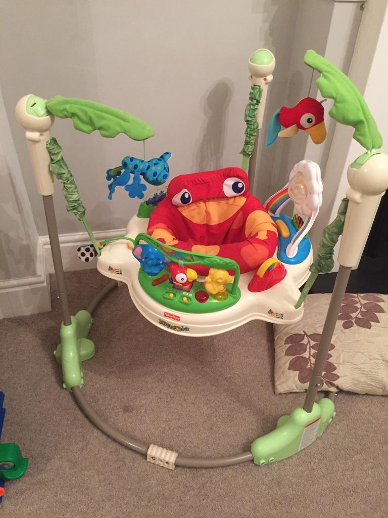 Jumperoo fisher price bouncer