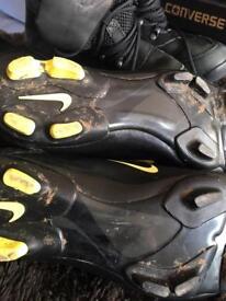 Astra turf football boots