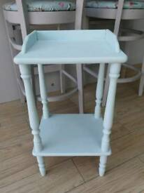CUTE SHABBY CHIC SOLID WOOD SIDE / HALL TELEPHONE TABLE
