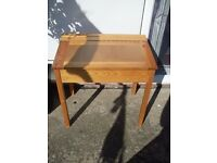 PINE CHILDS LIFT TOP DESK