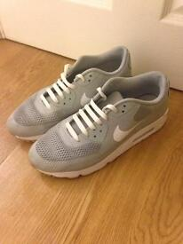 Nike Air Grey 8.5 Men's Trainers Excellent Condition