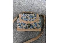 Small cross body bag - light brown w/ blue flowers