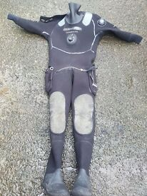 northern divemaster commercial drysuit size M/R