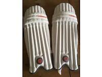 Hunts County Cricket pads. Youth.