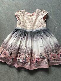 Beautiful winter dress aged 3-4