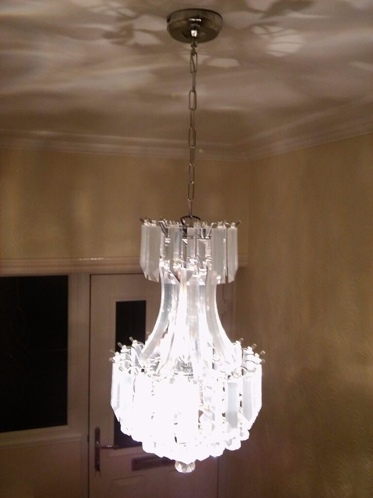 Matching chandeliers......
