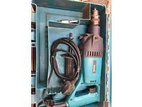 Makita 8406 240v core drill