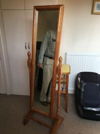 Antique swing mirror in perfect condition.