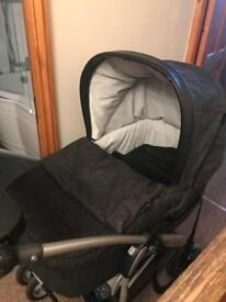 Mamma's and Pappa's 3 in one travel system
