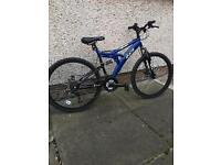 BOYS MOUNTAIN BIKE IN NEW CONDITION
