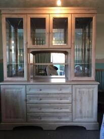 Display Cabinet / Side Board