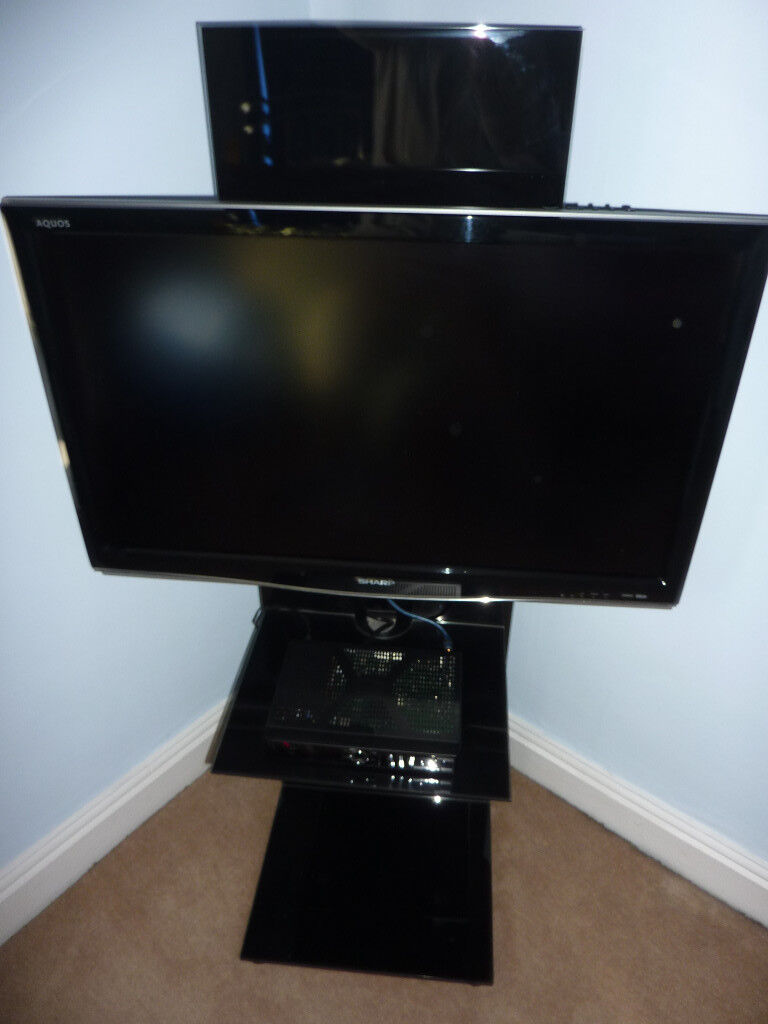 Sharp Aquos 37 Inch Lcd Tv Matching Sharp Stand Humax Freeview