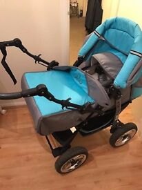3in1 KAREX travel system- REVERSIBLE BUGGY/PUSH CHAIR/ CAR SEAT. Extra Accessories included as well.