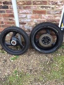 Fazer 600 wheels and tyres