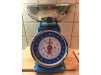 Vintage Kitchen Scales - Blue