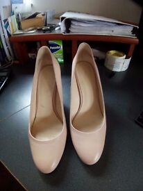 Nine West shoes worn once