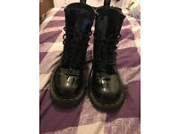 Size 6 patent dr martens £70 ono