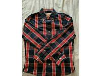 7 Hollister shirts size small