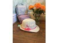 Monsoon girls stunning straw hat with flower size 6-13 years BNWT RRP 12.00