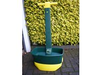 Lawn Seed and Fertilizer Spreader