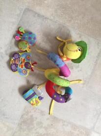 Spiral cot/pram/ car seat toy