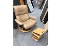 FREE DELIVERY STRESSLESS BEIGE LEATHER RECLINING ARMCHAIR AND FOOTREST RRP £800