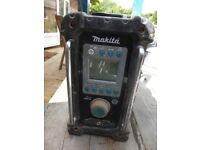Makita Radio. Working Order. See snaps for condition.