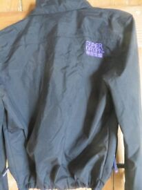 A WOMANS SUPERDRY WINDCHEATER JACKET BLACK USED