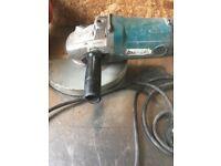 Makita 240v 230mm Grinder / Disc Cutter