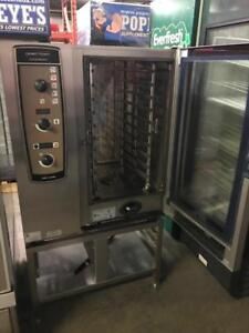 Electic Henny Penny / Rational combi oven 101 like new ! Only $4800 ! Retails $17,000