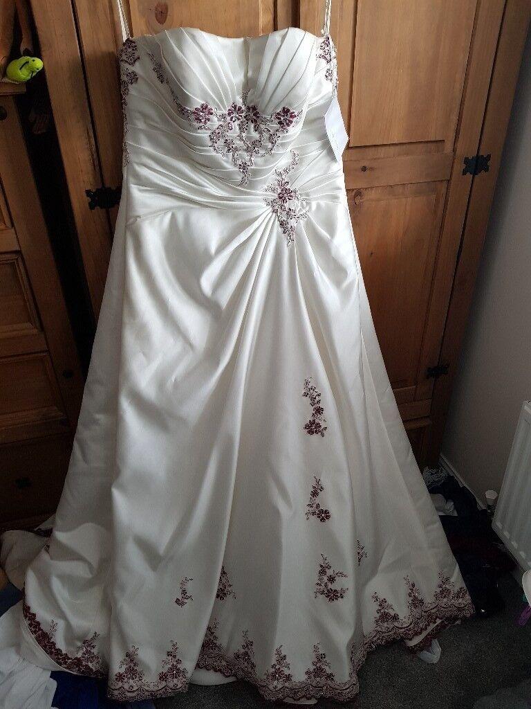 Mark Lesley Wedding Dress Brand New