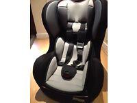 Pampero Comfisafe child car seat