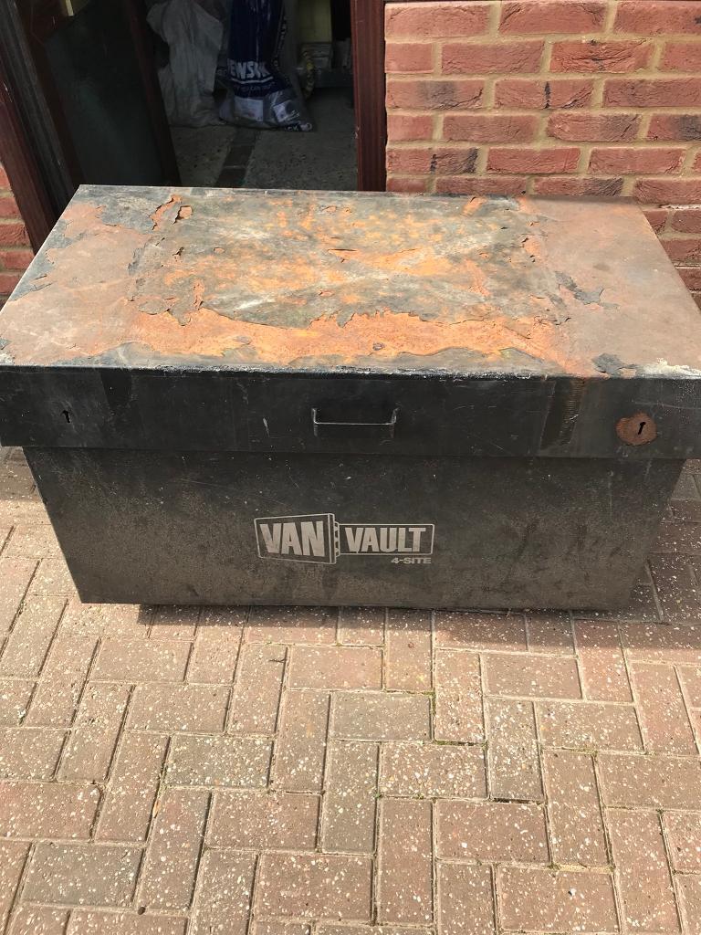eafa0698de Van vault builders box 2
