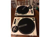 Technics SL 1200 Mark 2 TUrntables - DJ mixer decks