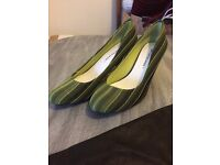 United Nude dark and neon green striped heels size 40