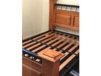 Double bed (very strong