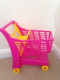 Kids toy shopping trolley