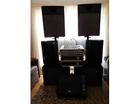 Complete Peavey 3.5k PA System (PV900 + PV2600 Bi-amped) + Desk, all Speakers, 3xMoniters & Cables